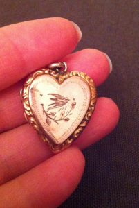 Gold Heart Pendant Bird