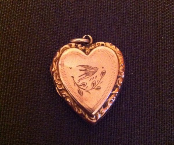 Heart 9ct Gold Pendant Antique