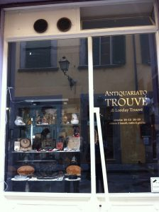 Trouve Antiquariato Antique shop Pisa