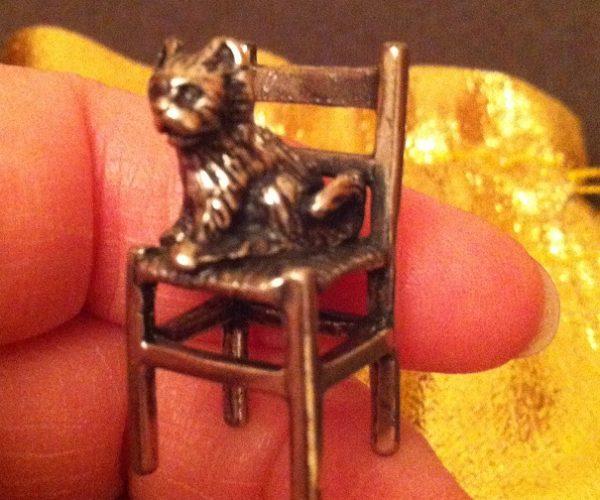 arezzo silver 800 chair cat small