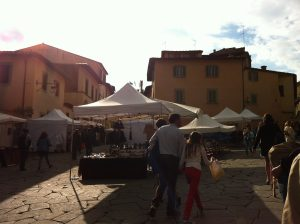 market-antiques-fair-italy