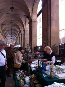 piazza-grande-antiques