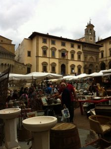 piazza-grande-market-fair