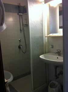 terminus plaza shower room