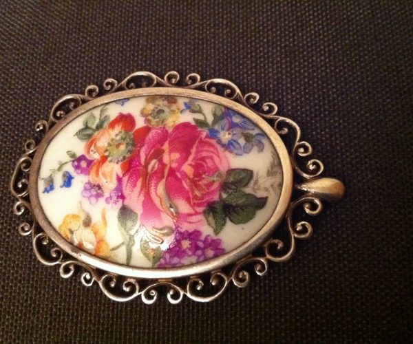 Streling Silver Brooch with a French haind painted limoges