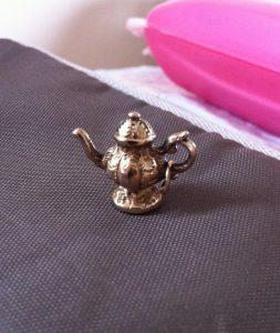 Victorian Teapot Gold