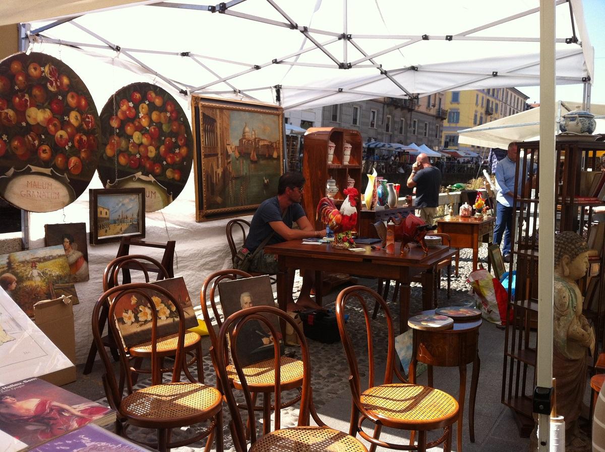 Milan Antiques Market The Naviglio Grande – Maria Bristoll