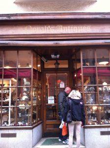 Norah's Antiques Oxford front door