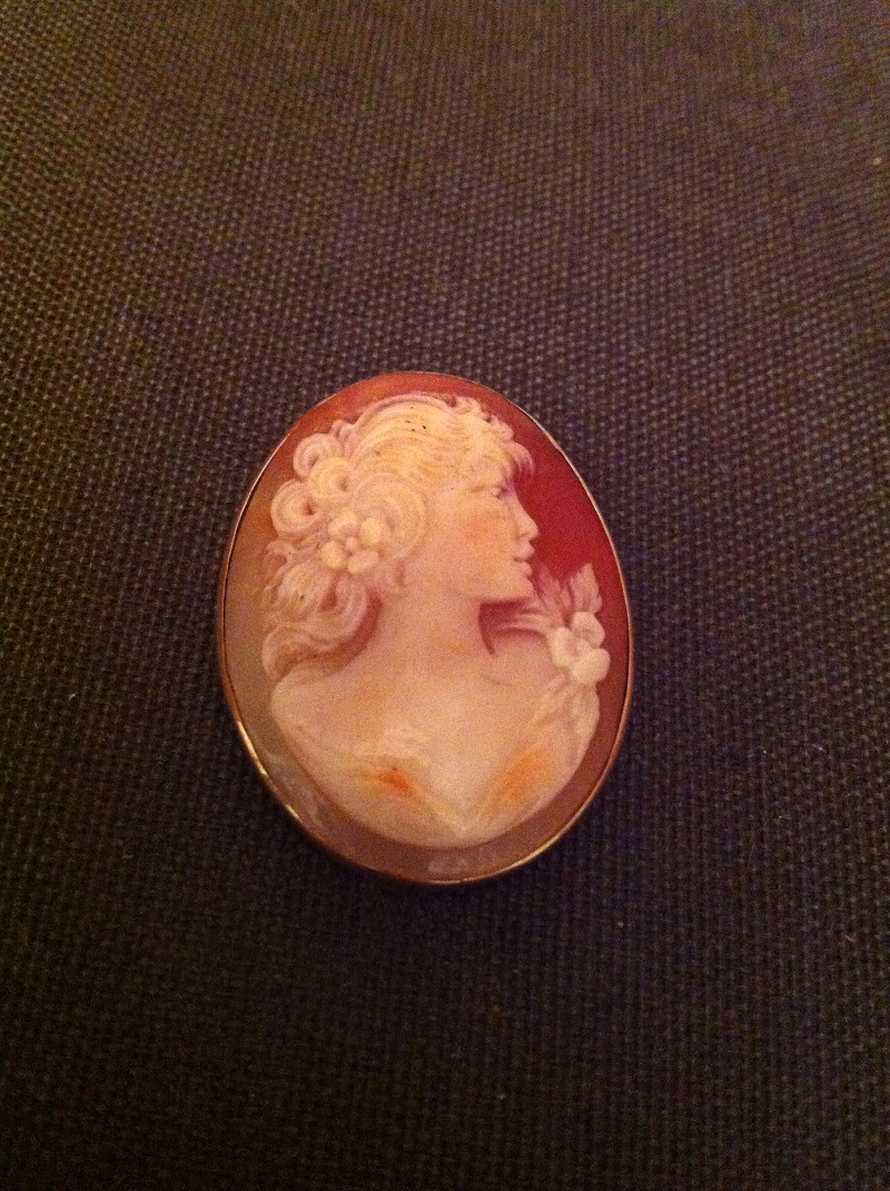 antique gold cameo lady with flower