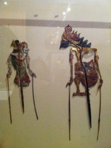 Sita and Rama antique wayang