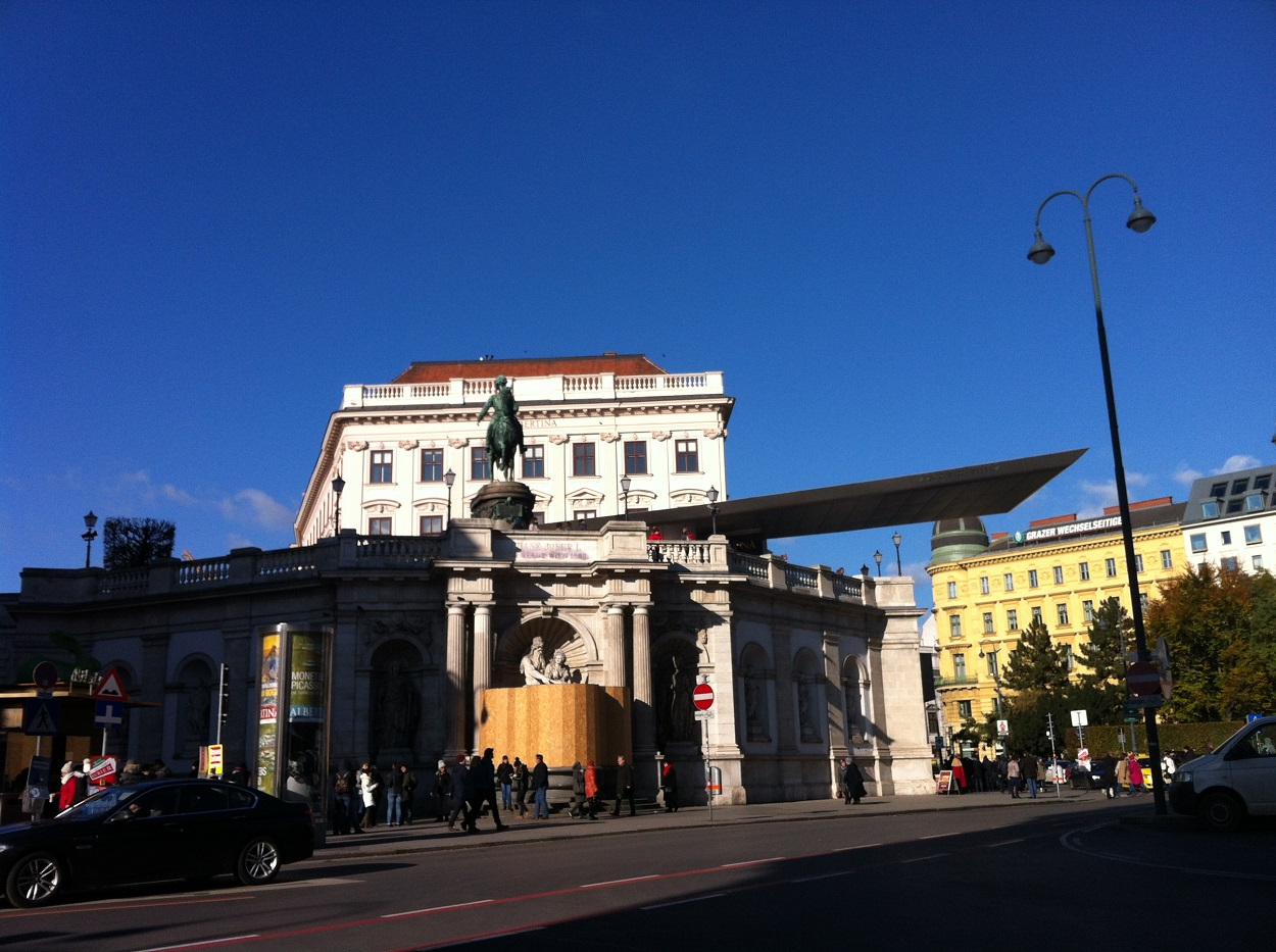What To Do in Vienna – Maria Bristoll