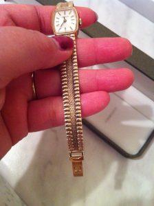 Hallmark Tissot 9ct gold