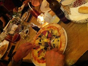 Ultimo restaurant pizza