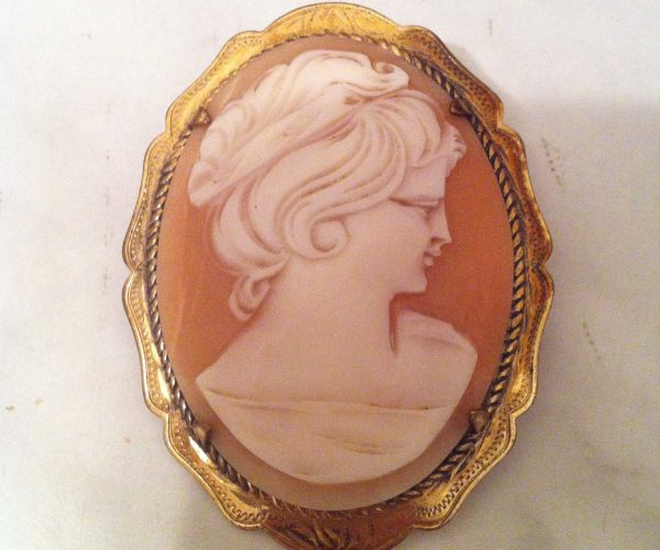 Vintage cameo gold plated