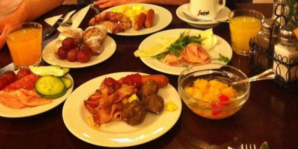 Breakfast at Hotel Metamorphis