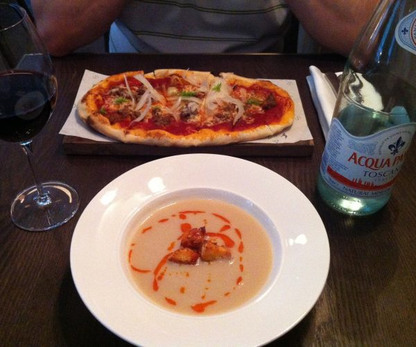 White bean soup and pizzette