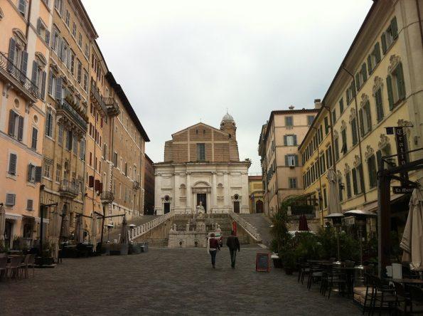 piazza del plebiscito old town