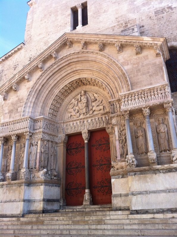 Catedral St Trophime in Arles