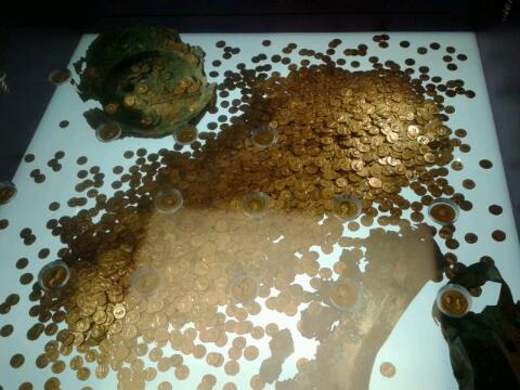 Roman gold coins at the Rheinisches Landesmuseum Trier