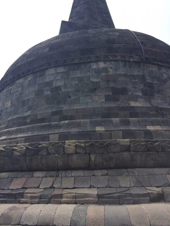 Buddha reaches nirwana - Stupa