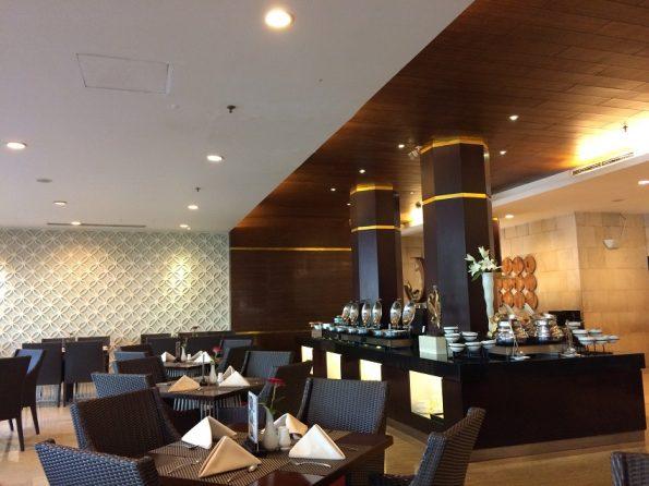 Pandansari Restaurant at Santika Hotel
