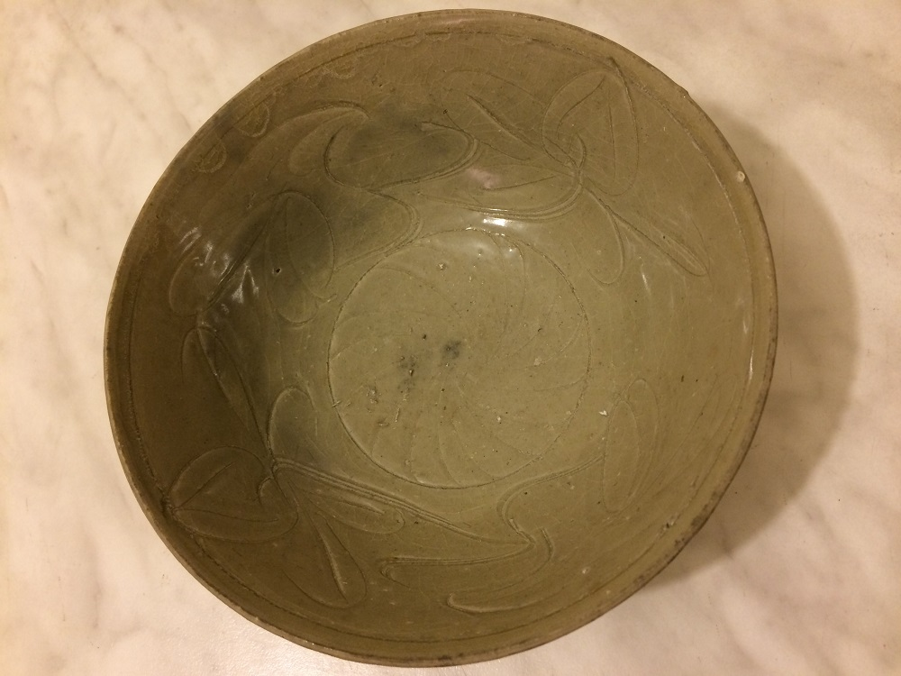 Discolouration chinese bowl Song dynasty