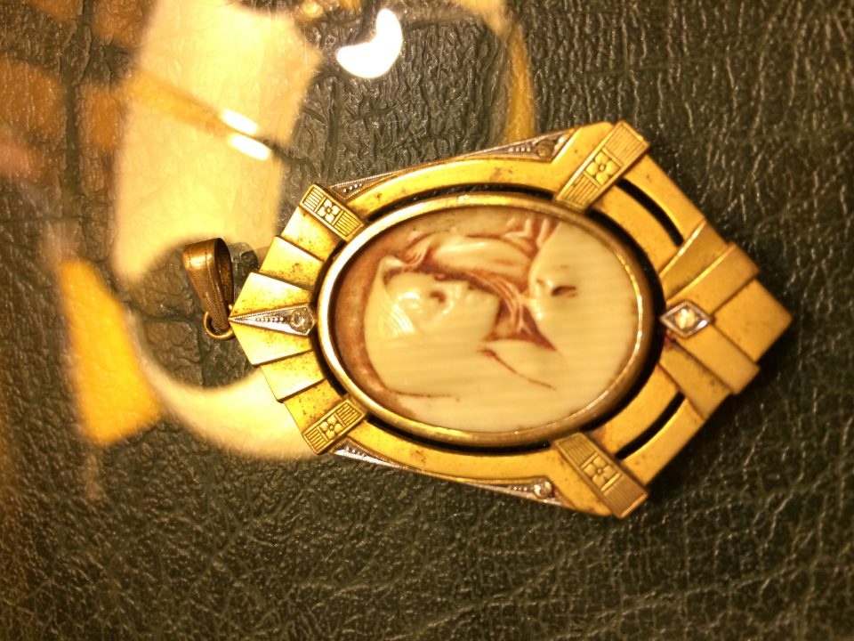 Spanish cameo pendant