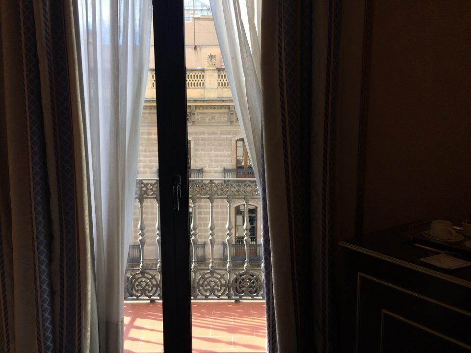 Hotel Roger de Llúria balcony